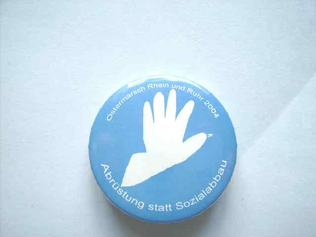 Button 2004